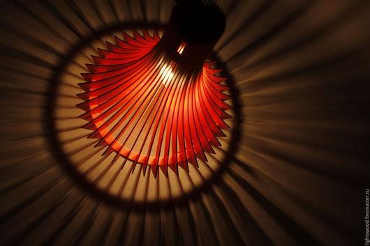 Освещение ручной работы. Ярмарка Мастеров - ручная работа. Купить Светильник из фанеры ДЕКАНТЕР. Handmade. Ярко-красный, деревянный светильник
