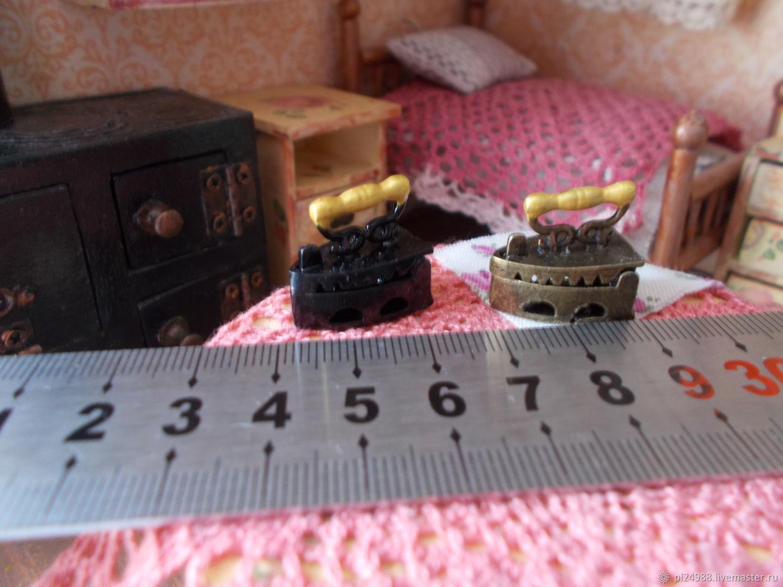 Кукольная миниатюра, утюг 1:12, Аксессуары для кукол и игрушек, Псков,  Фото №1