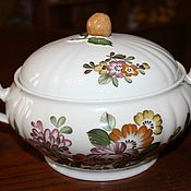 Винтаж handmade. Livemaster - original item Beautiful vintage tureen for 1.6 l. Hutschenreuther, Germany. Handmade.