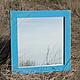 Зеркало настенное в голубой раме из дерева