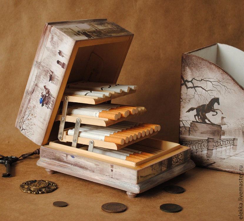 Сигаретница меньшего размера 15х12х7см