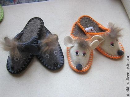 Обувь ручной работы. Ярмарка Мастеров - ручная работа Ножкам тепло  тапочки детские и взрослые. Handmade.