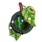 """Украшения ручной работы. Ярмарка Мастеров - ручная работа Кулон-брошь """"Зелёное яблочко"""". Handmade."""