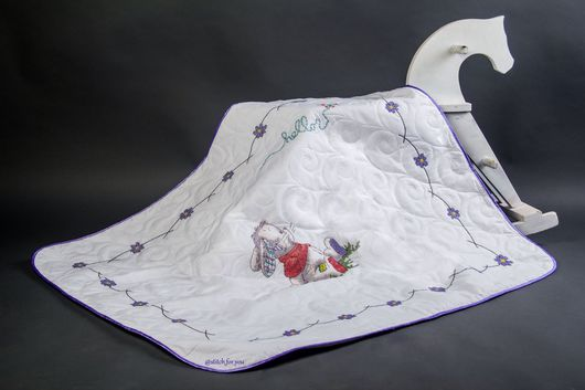 """Подарки для новорожденных, ручной работы. Ярмарка Мастеров - ручная работа. Купить Детское одеяло, вышитое крестом """"Hello, bunny!"""". Handmade."""