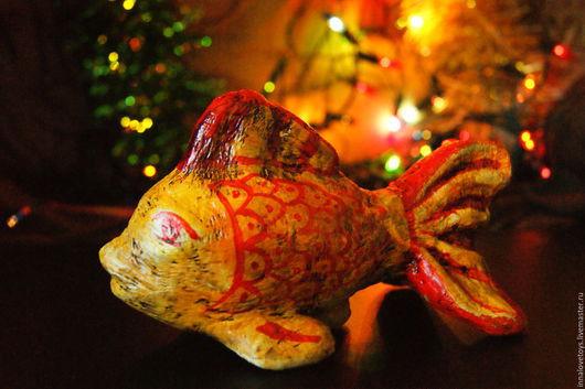 """Игрушки животные, ручной работы. Ярмарка Мастеров - ручная работа. Купить Елочная игрушка """"Золотая рыбка"""", новогодний подарок, детская игрушка,. Handmade."""