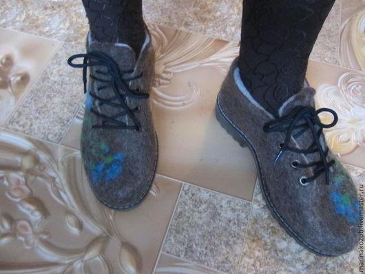 Обувь ручной работы. Ярмарка Мастеров - ручная работа. Купить туфельки войлочные для улицы Василек. Handmade. Шерсть, в подарок, подошва