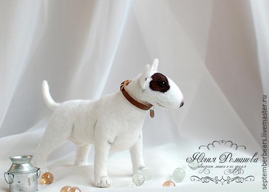 Игрушки животные, ручной работы. Ярмарка Мастеров - ручная работа. Купить войлочная скульптурная собака Бультерьер. Handmade. Белый, буль