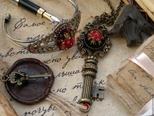 """Кулоны, подвески ручной работы. Ярмарка Мастеров - ручная работа. Купить Кулон -ключ """" В пламени любви"""". Handmade."""