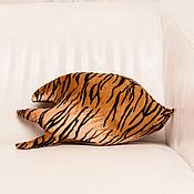 """Для дома и интерьера ручной работы. Ярмарка Мастеров - ручная работа подушка-тень """"Лубза"""". Handmade."""