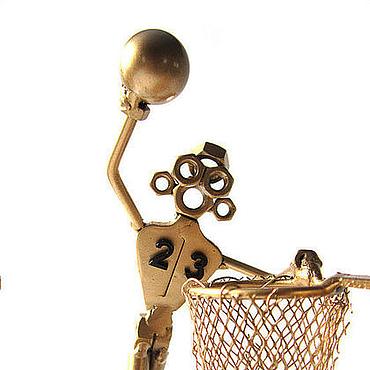 """Канцелярские товары ручной работы. Ярмарка Мастеров - ручная работа Сувенир - подставка под визитки """"Баскетболист"""". Handmade."""