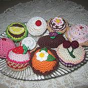 Мягкие игрушки ручной работы. Ярмарка Мастеров - ручная работа Пирожные. Handmade.