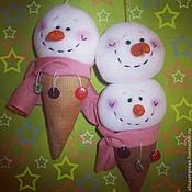 Подарки к праздникам ручной работы. Ярмарка Мастеров - ручная работа Мороженки на елку. Handmade.