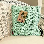 Для дома и интерьера ручной работы. Ярмарка Мастеров - ручная работа Вязаная подушечка из 100% хлопка летнего мятного цвета. Handmade.