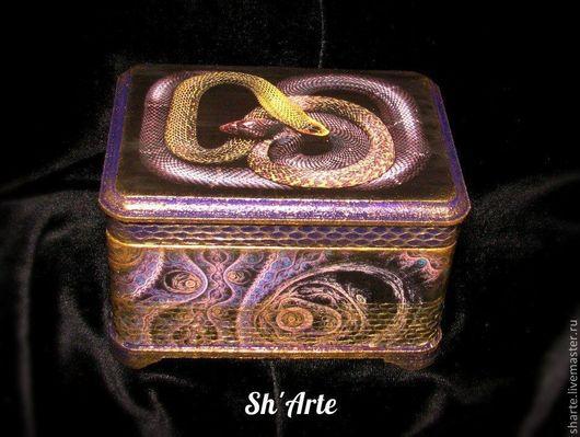Шкатулка со змеями Ларчик Скарапеи