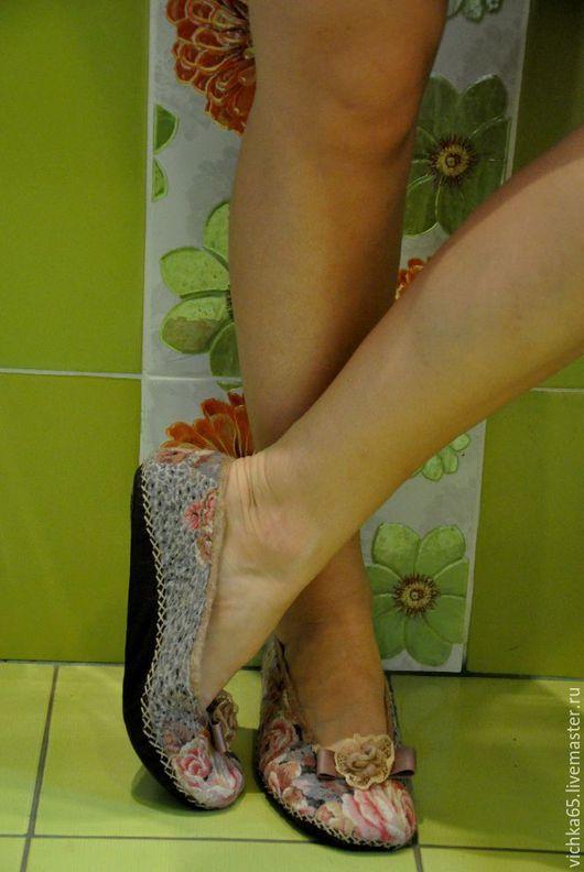 """Обувь ручной работы. Ярмарка Мастеров - ручная работа. Купить Валяные балетки для дома  """"Сладкие ножки"""". Handmade. обувь из войлока"""