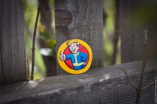 Брелоки ручной работы. Ярмарка Мастеров - ручная работа. Купить Брелок Fallout Boy. Handmade. Желтый, vault boy
