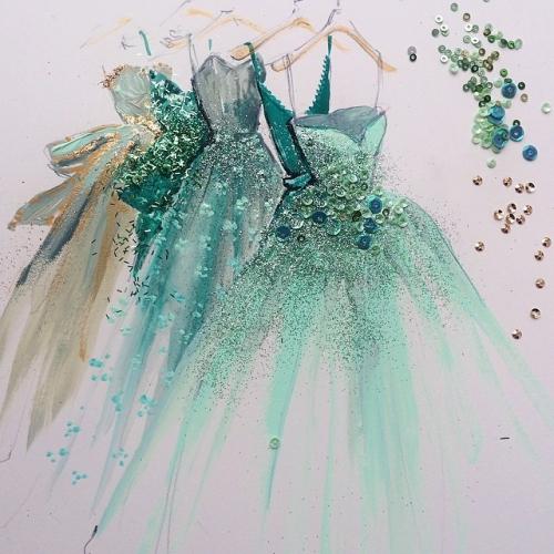 Стать дизайнером платьев