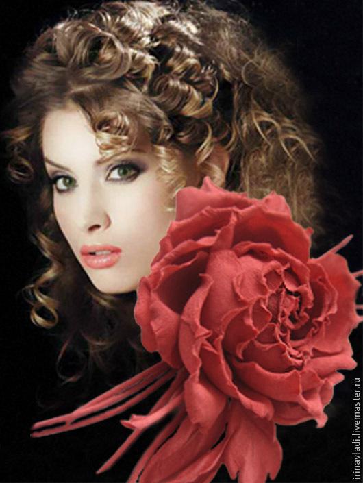 цветы из ткани, цветы из шелка, брошь из шелка цветок, красная роза,  коралловая роза, заколка  цветок роза, искусственные цветы, украшение для женщин, украшение в прическу, брошь-заколка цветок, обод