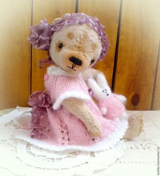Куклы и игрушки handmade мишки тедди ручной работы ярмарка мастеров handmade купить тедди мишку ручной работы teddy bear тедди мишка девочка в одежке  мишки тедди Wiolka