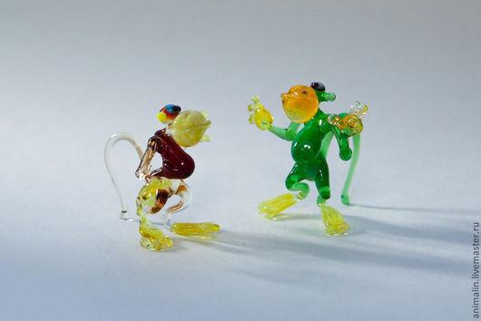 Статуэтки ручной работы. Ярмарка Мастеров - ручная работа. Купить Стеклянная микро фигурка обезьянки чи чи чи. Handmade.