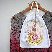 Одежда ручной работы. Ярмарка Мастеров - ручная работа Девушка-Весна и розы. Мешочек для хранения белья. Handmade.
