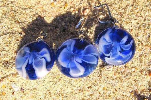Сине-белый комплект украшений. Кулон и серьги. Небесные орхидеи!