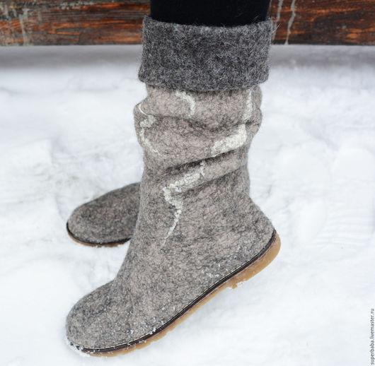 """Обувь ручной работы. Ярмарка Мастеров - ручная работа. Купить Сапожки валяные """"Зимний вечер в Гаграх"""". Handmade. Темно-серый"""