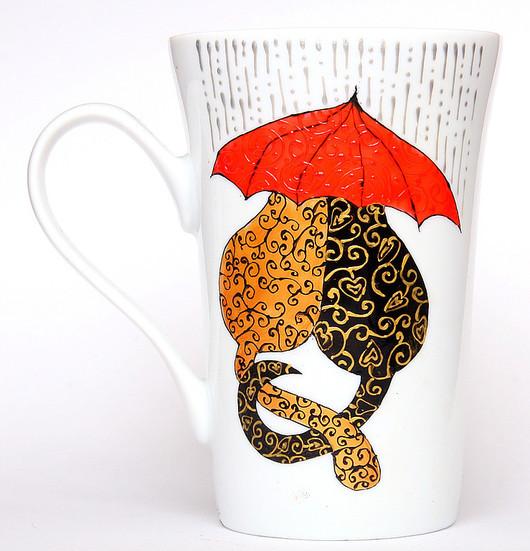 """Кружки и чашки ручной работы. Ярмарка Мастеров - ручная работа. Купить Чашка """"Влюбленные коты"""" (0724). Handmade. Чашка, дождь"""