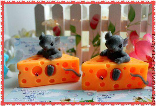 """Мыло ручной работы. Ярмарка Мастеров - ручная работа. Купить Мыло """"Мышка в сыре"""". Handmade. Желтый, мыло ручной работы"""