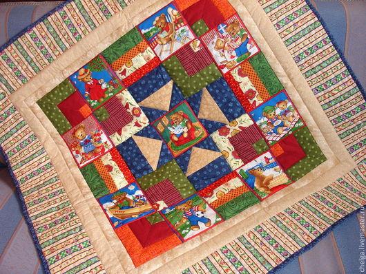 """Пледы и одеяла ручной работы. Ярмарка Мастеров - ручная работа. Купить Детское лоскутное одеяло """"Мишкины забавы"""" (отложено для Марины). Handmade."""