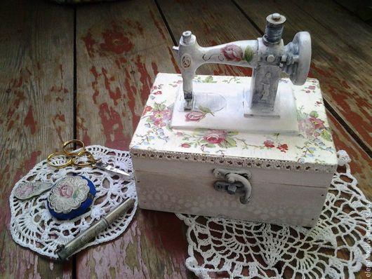 """Шкатулки ручной работы. Ярмарка Мастеров - ручная работа. Купить Шкатулка """"Zinger"""". Handmade. Белый, шебби-шик, швейная машинка"""