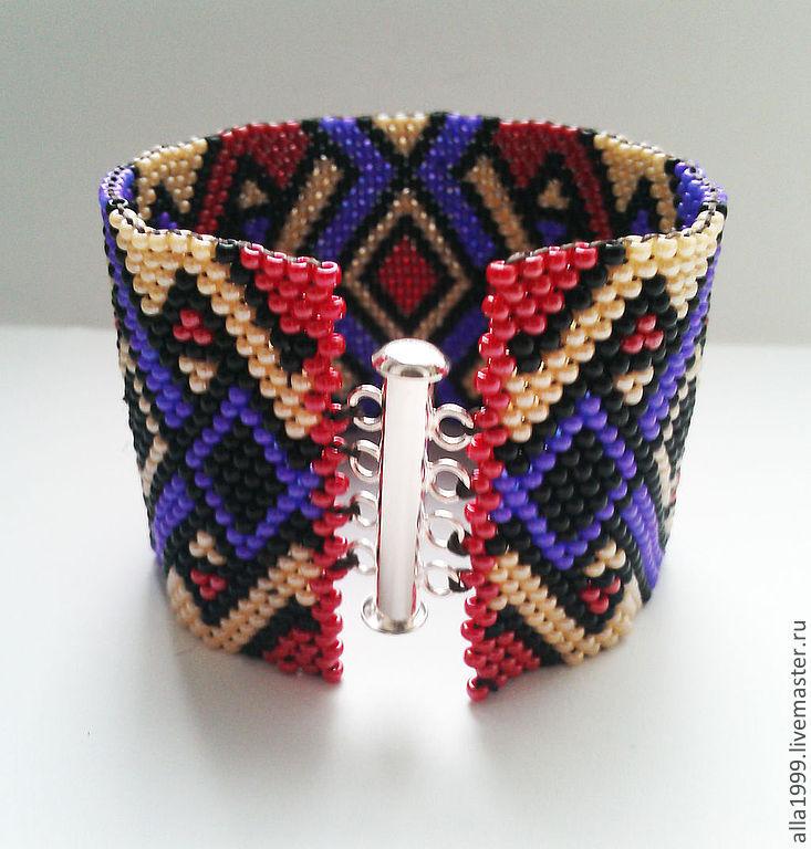 Браслеты модные из бисера