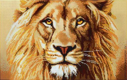 Царь зверей-величественный лев.