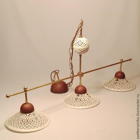Освещение ручной работы. Ярмарка Мастеров - ручная работа. Купить Керамическая люстра с тремя плафонами на длинной цепи «Слоновая кость». Handmade.