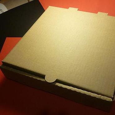 Материалы для творчества ручной работы. Ярмарка Мастеров - ручная работа Коробка 26х26х4,5 см из гофрокартона. Handmade.