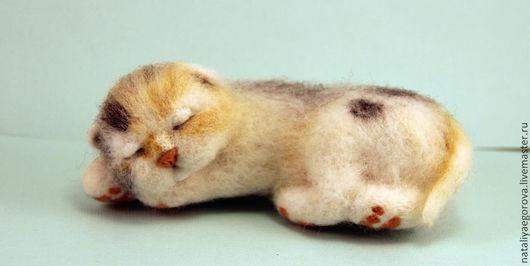 Игрушки животные, ручной работы. Ярмарка Мастеров - ручная работа. Купить Спящий котенок. Handmade. Кот, спящий котенок