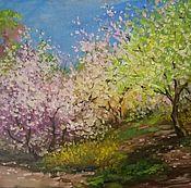 Картины и панно ручной работы. Ярмарка Мастеров - ручная работа Весна в городе цветение вишни весенний пейзаж маслом не дорогая картин. Handmade.