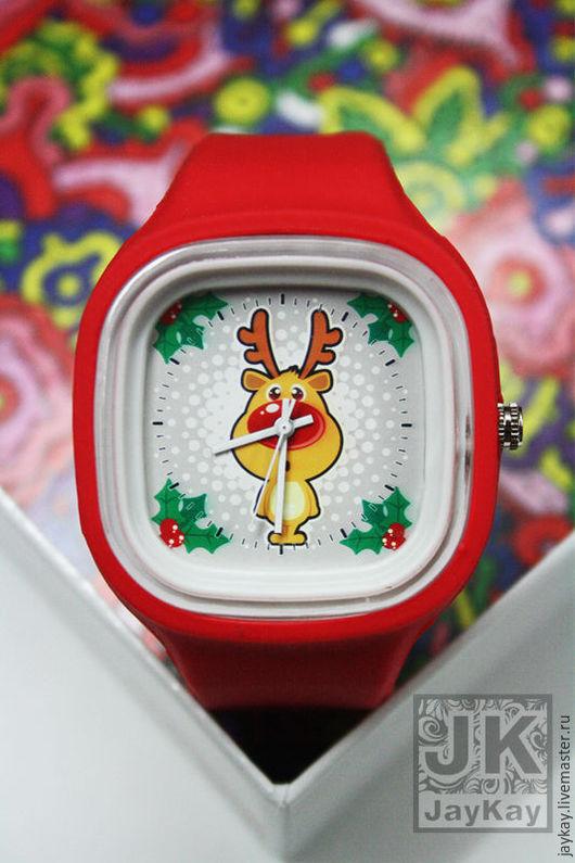 """Часы ручной работы. Ярмарка Мастеров - ручная работа. Купить Часы наручные JK """"Новогодние"""". Handmade. Ярко-красный"""