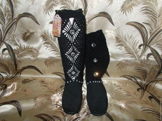 Обувь ручной работы. Ярмарка Мастеров - ручная работа. Купить Сапожки чёрные со стразами. Handmade. Черный, стразы пришивные