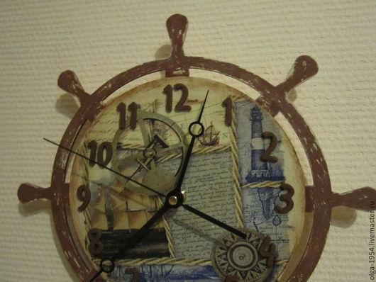 """Часы для дома ручной работы. Ярмарка Мастеров - ручная работа. Купить Часы """"Дневник капитана"""" круглые деревянные настенные. Handmade."""