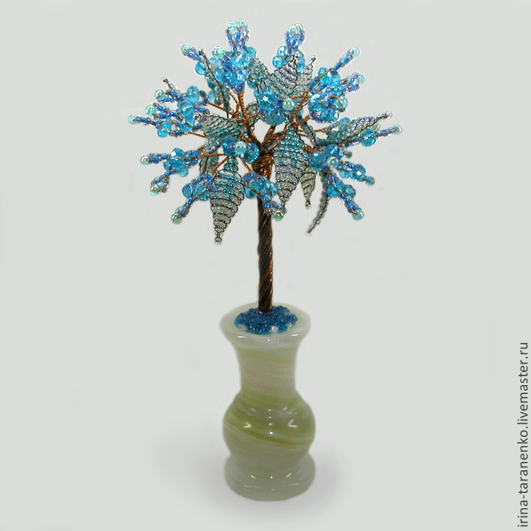 Tree of Topaz `Family happiness` in a vase of onyx
