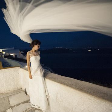 Свадебный салон ручной работы. Ярмарка Мастеров - ручная работа Белое свадебное платье с кружевом. Handmade.