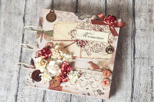"""Фотоальбомы ручной работы. Ярмарка Мастеров - ручная работа. Купить Фотоальбом """"Memories"""" (подарок, семейный, для женщины). Handmade. Бежевый"""