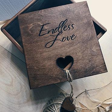 Сувениры и подарки. Ярмарка Мастеров - ручная работа Бокс для подарка «бесконечная любовь» деревянный коричневый. Handmade.
