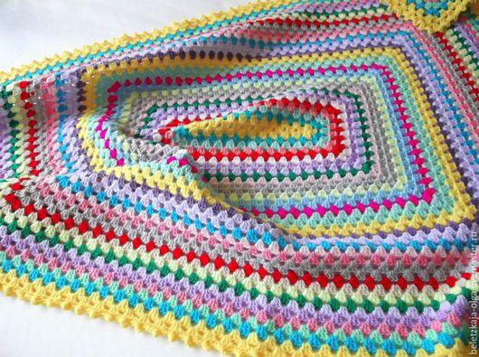"""Пледы и одеяла ручной работы. Ярмарка Мастеров - ручная работа. Купить Плед детский вязаный крючком в технике Бабушкин квадрат """"Разноцветный"""". Handmade."""