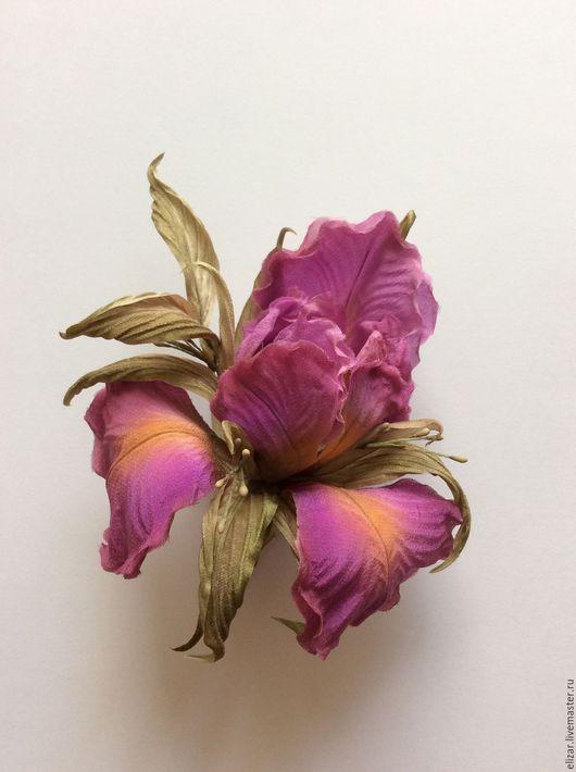"""Броши ручной работы. Ярмарка Мастеров - ручная работа. Купить Ирис """"Пурпур"""". Handmade. Фуксия, ирис, шелк, туаль, шифон"""