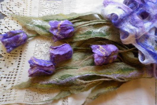 Шали, палантины ручной работы. Ярмарка Мастеров - ручная работа. Купить Валяный из шерсти шарф-палантин Нежность лиловых тюльпанов. Handmade.
