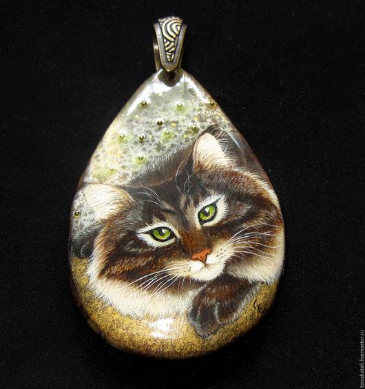 лаковая миниатюра кошка, миниатюрная роспись кошка, купить кулон с кошкой