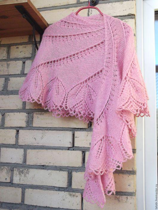 Шали, палантины ручной работы. Ярмарка Мастеров - ручная работа. Купить Шаль спицами Бегониевый вихрь (розовая). Handmade. Розовый