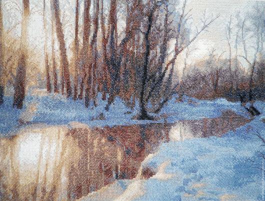 """Пейзаж ручной работы. Ярмарка Мастеров - ручная работа. Купить Картина вышитая """"Яуза зимой"""". Handmade. Картина вышитая, комбинированный"""